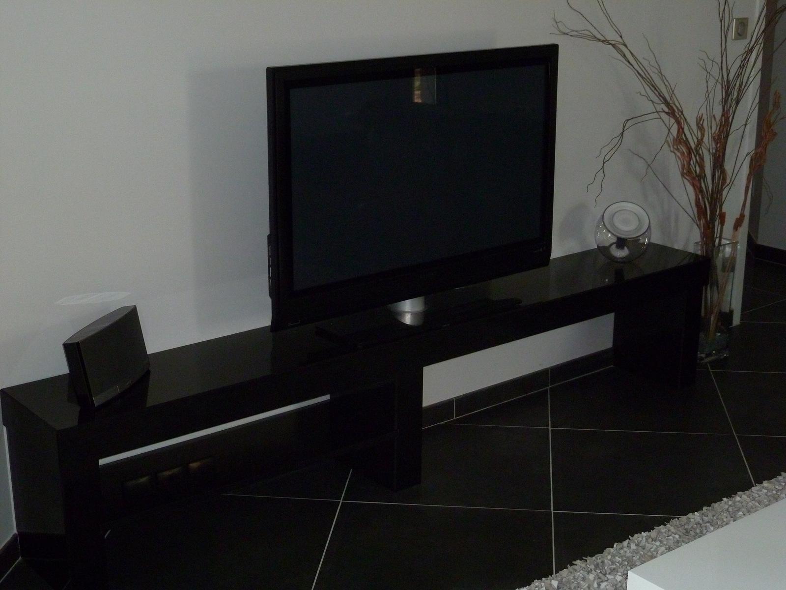 meubles de salon en granit quartz ou dekton en aquitaine bordeaux hm deco. Black Bedroom Furniture Sets. Home Design Ideas