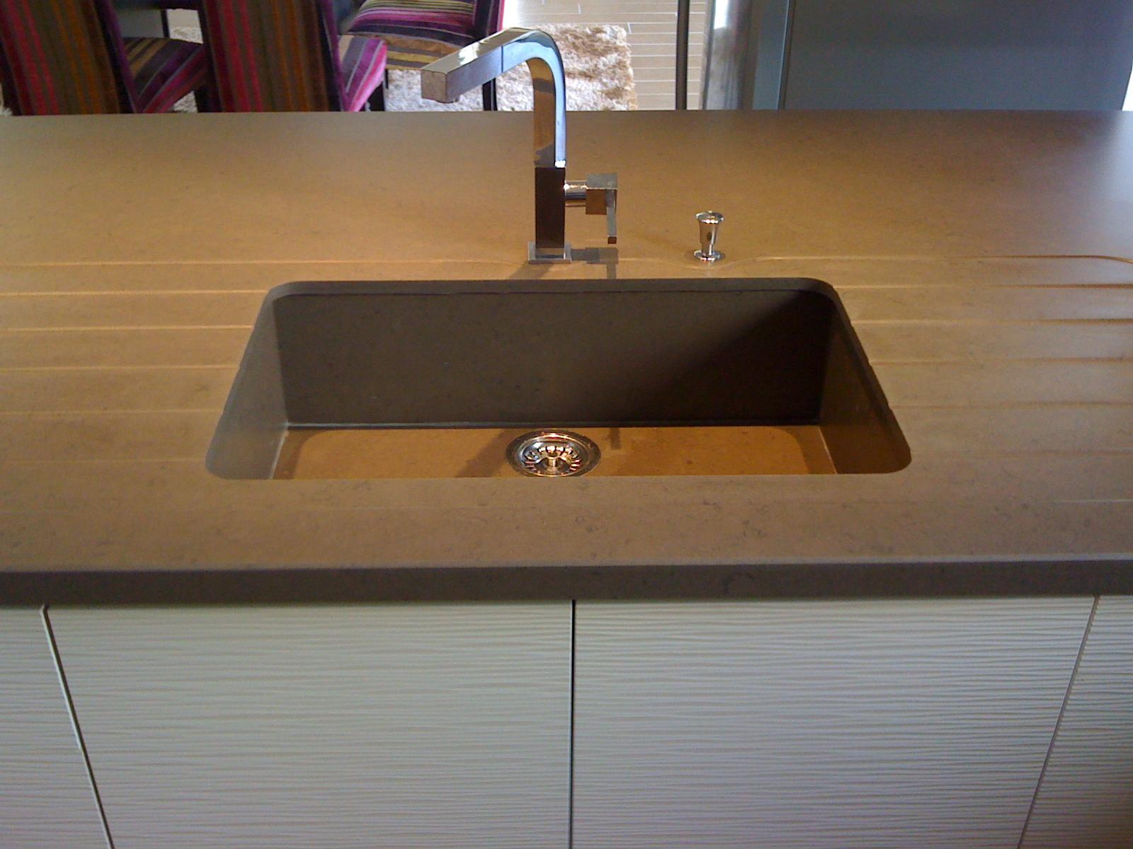 quartz amazone en destockage bordeaux hm deco. Black Bedroom Furniture Sets. Home Design Ideas