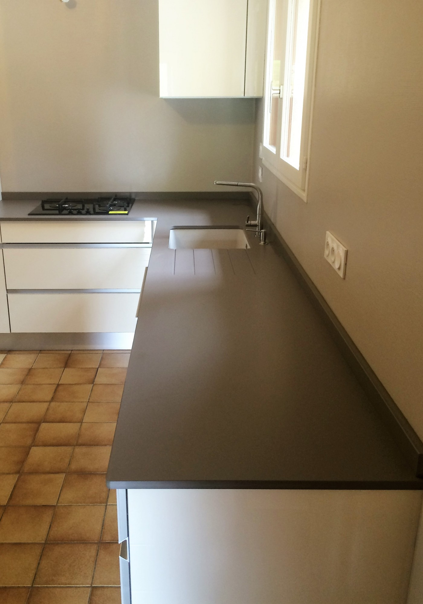 plan de travail dekton plan de travail en marbre with plan de travail dekton excellent plan de. Black Bedroom Furniture Sets. Home Design Ideas