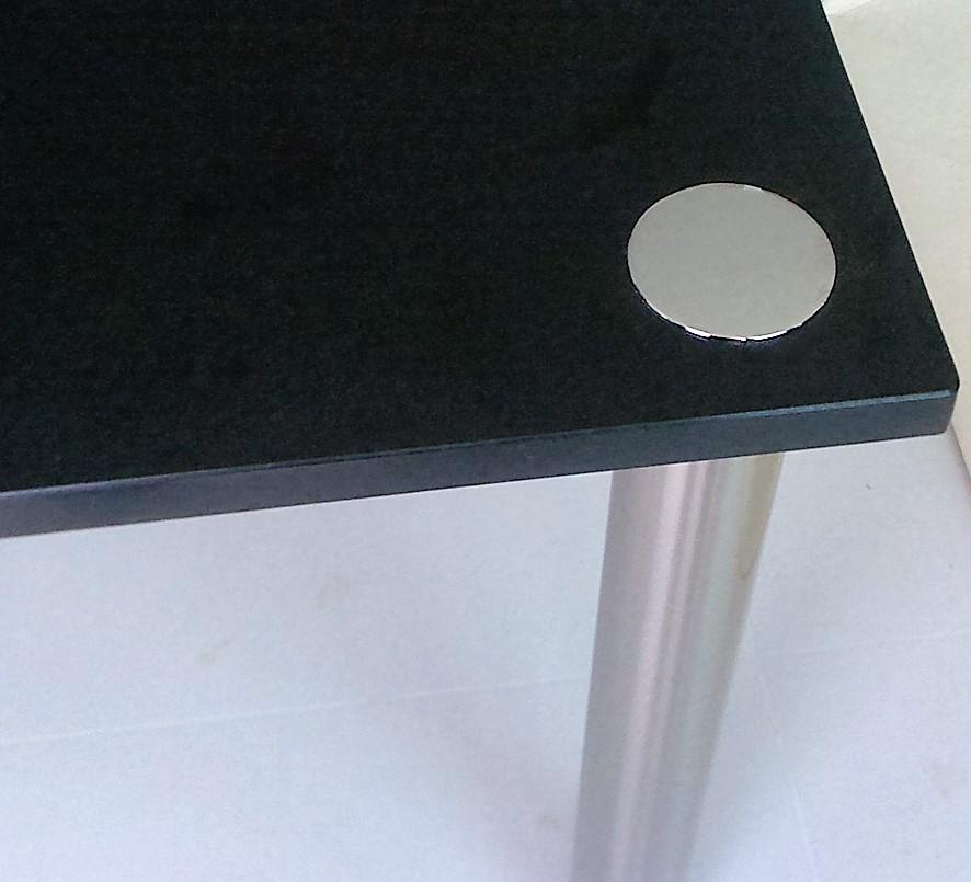 Pieds pour table en granit sur la CUB 33