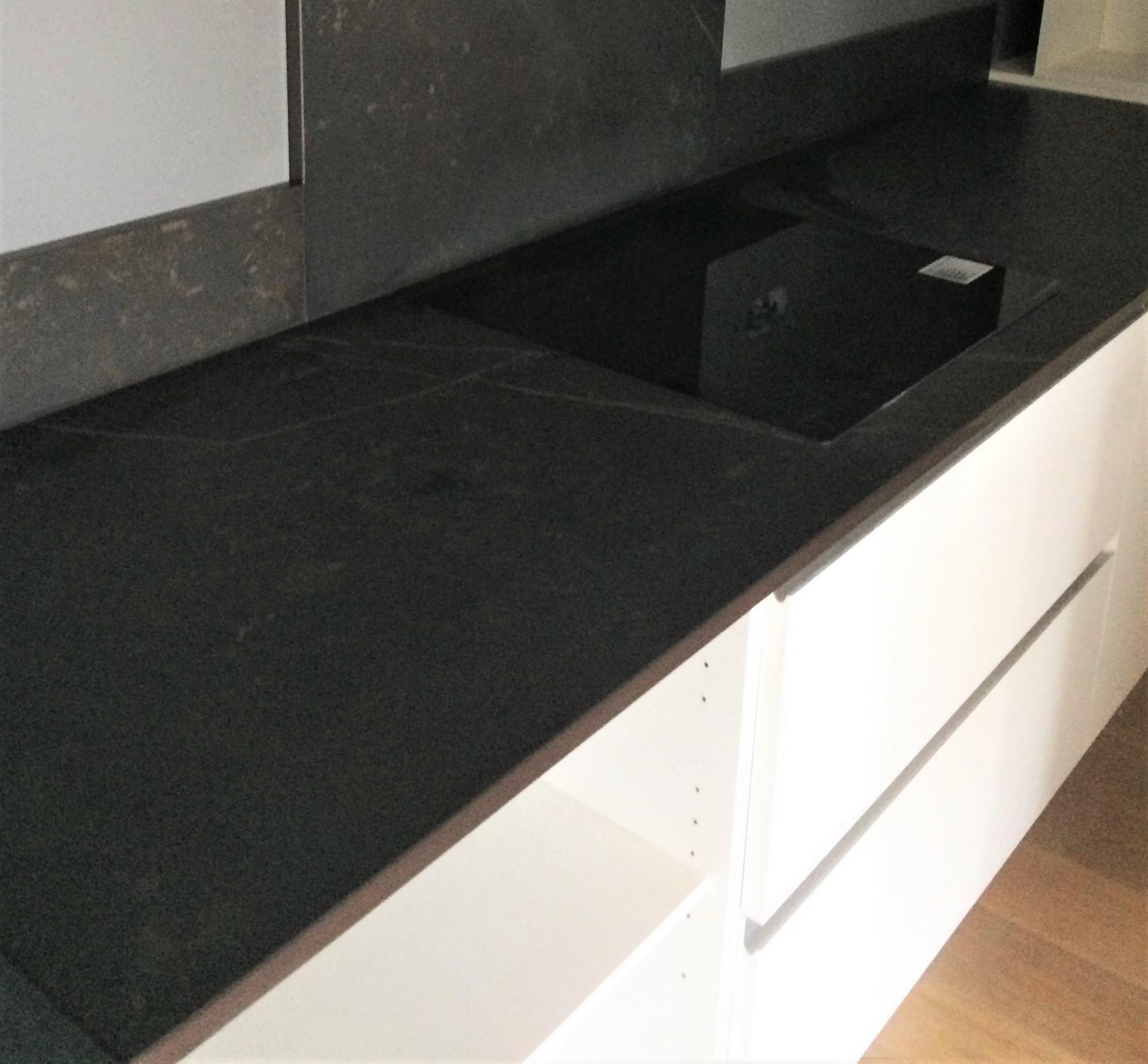 dekton kelya realisations hm deco bordeaux hm deco. Black Bedroom Furniture Sets. Home Design Ideas