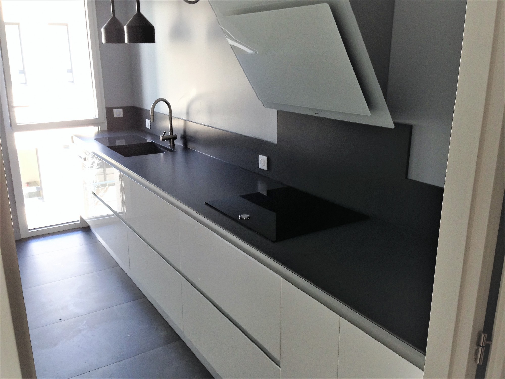 quartz silestone marengo realisations hm deco en gironde. Black Bedroom Furniture Sets. Home Design Ideas
