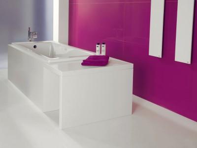 salle de bain en quartz coloré bordeaux