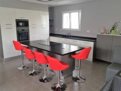 table de cuisine en granit noir 33